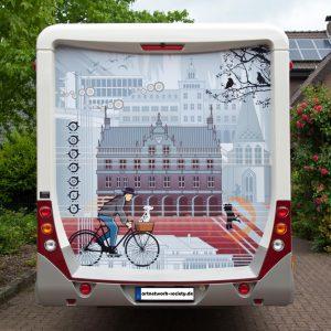 2013.06.17. Ansicht Wohnmobil Postkartenmotiv Fahrradfahrer Bocholt ART NETWORK 1134x1133 300x300 - Kunst in Bocholt - Postkarten, Wohnmobile und mehr