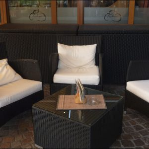 Cafe Sahne 9 300x300 - KUNST TUT GUT und die Cafe Sahne River Lounge in Bocholt