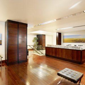2 300x300 - Schluss mit weißen und kahlen Wänden!