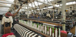 """TextilWerk Websaal 300x146 - Kunst in Bocholt - Das Textilmuseum """"Alte Spinnerei Herding"""""""
