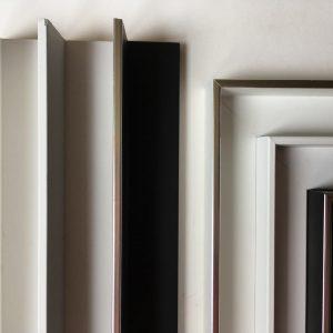 ARTNETWORK Bocholt Schattenfugenleisten 1 300x300 - Schattenfugenrahmen - der Rahmen für Gemälde