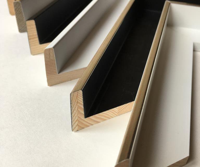 ARTNETWORK Bocholt Schattenfugenleisten 3 768x642 - Schattenfugenrahmen - der Rahmen für Gemälde