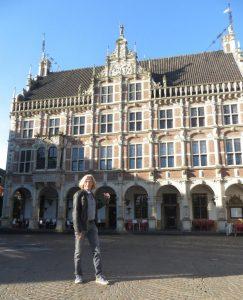 Peter Koenen trifft Claus Schenk ART Network Bocholt Altes Rathaus 243x300 - Claus Schenk - Düsseldorf, Brüssel, Bocholt oder Ihre Stadt