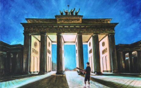 Otto Waalkes One morning in Berlin 464x290 - Leinwandbilder mit Charme - Otto 's unverwechselbarer Stil