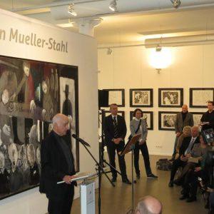 Menschenbilder Mueller Stahl 5 Copy 1024x581 1 300x300 - Armin Mueller-Stahl