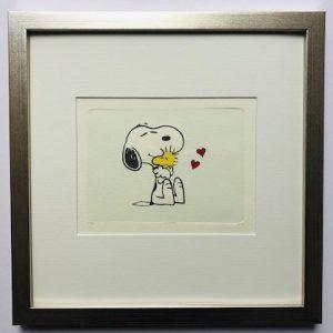 Charles M Schulz Biggest Hug gerahmt Kunsthandel Koenen Bocholt 2021 300x300 - Die Peanuts kommen - mit Charles M. Schulz in unserem Shop