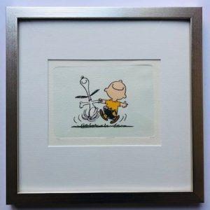 Charles M Schulz The Happy Dance gerahmt Kunsthandel Koenen Bocholt 2021 300x300 - Die Peanuts kommen - mit Charles M. Schulz in unserem Shop